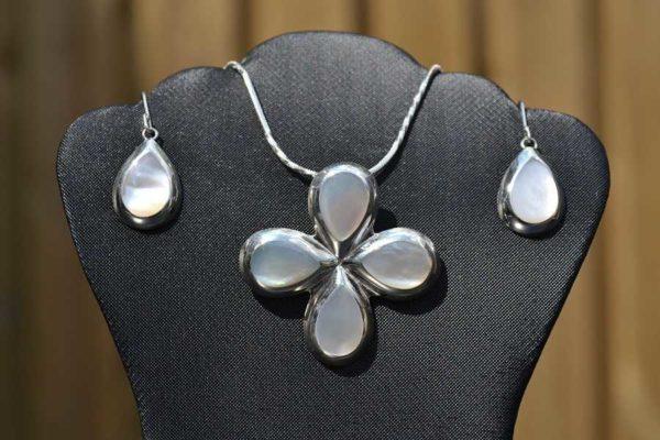 Zilveren Set hanger en oorbellen