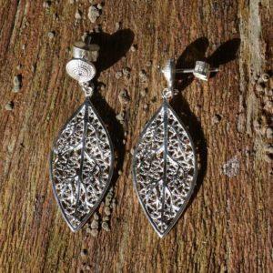 Zilveren oorbellen Finesse