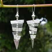 Zilveren oorbellen Piramide