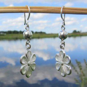 Zilveren oorbellen Flor