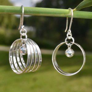 Zilveren oorbellen 012121