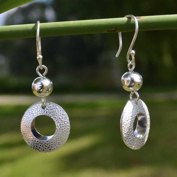 Zilveren oorbellen Lumiere