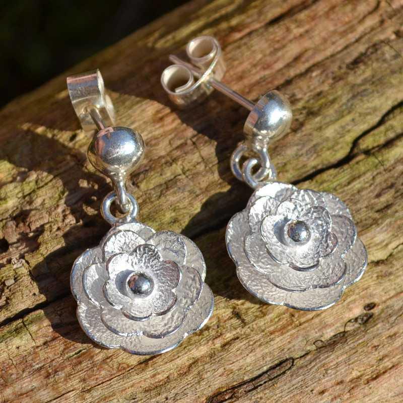 Zilveren oorbellen Roos