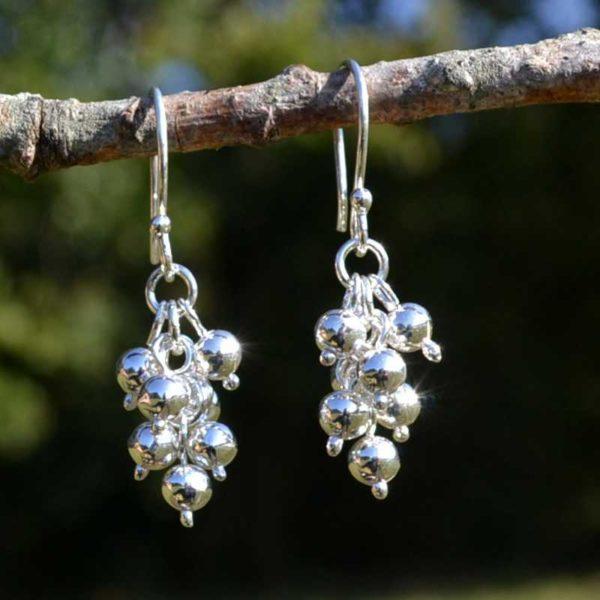 Zilveren oorbellen Druiven