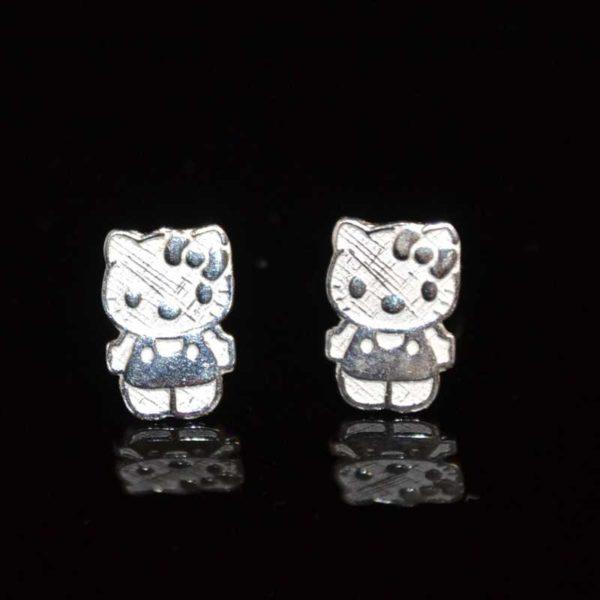 Zilveren oorstekers Hello Kitty