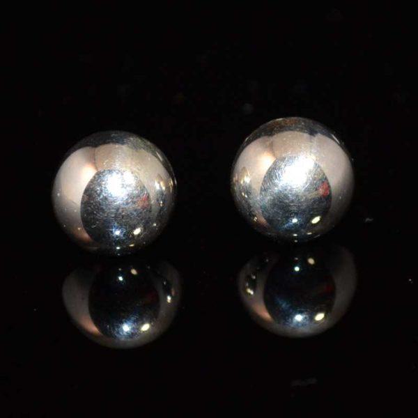 Zilveren oorbellen Knopjes