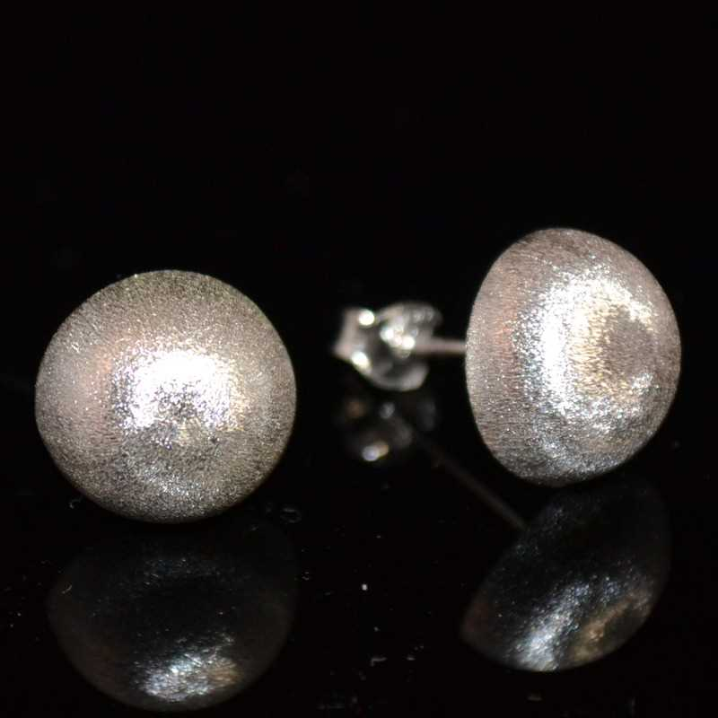 Zilveren oorknopjes Mat Button
