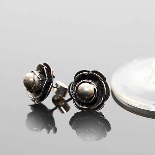Zilveren oorknopjes Roos