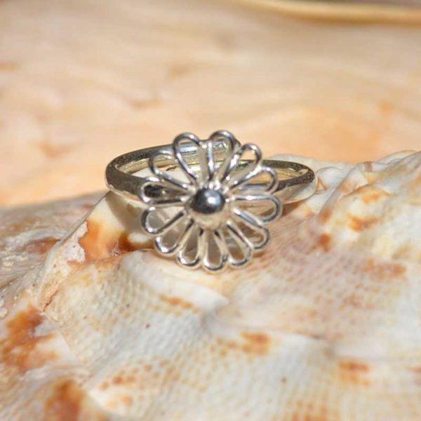 Zilveren ring Bloem 3